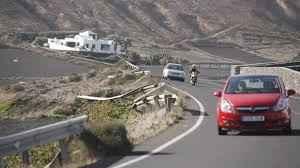 La carretera de Femés a Playa Blanca cerrará del 27 al 31 de agosto |  Canarias7